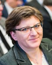 Anne-Marie ROBERT